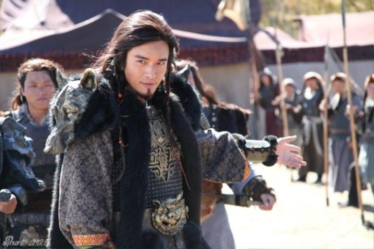 Sự nghiệp vụt sáng nhờ vai diễn Địch Li trong Mị Nguyệt truyện