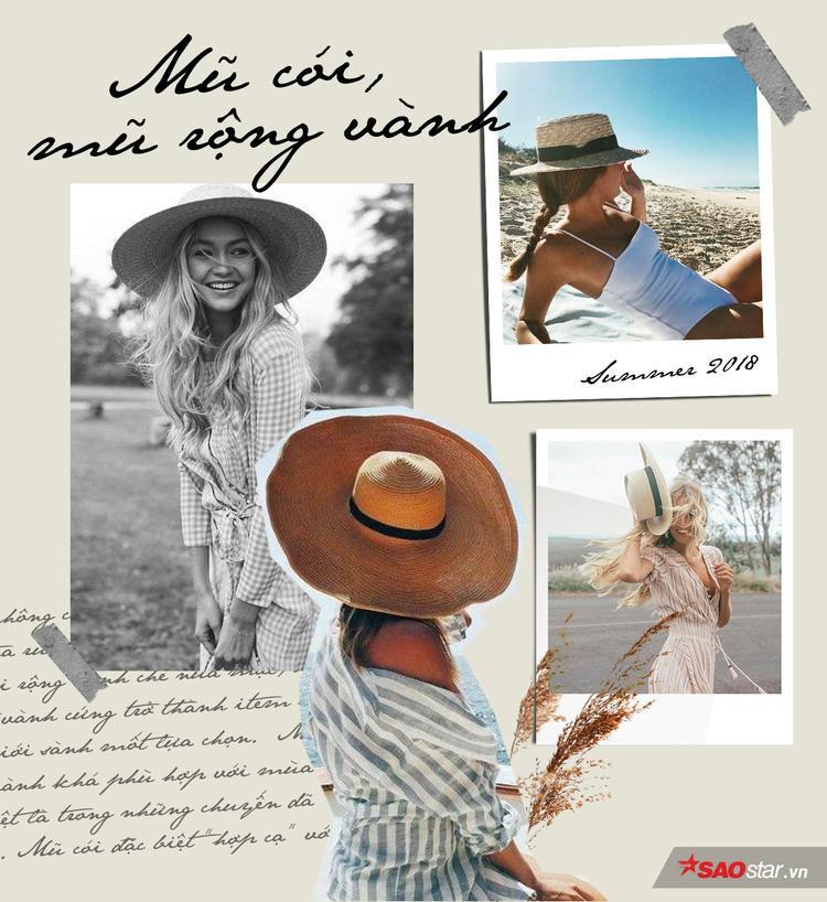 """2018 không còn là năm thịnh hành của mũ tua rua, mũ cowboy, thay vào đó, mũ cói rộng vành che nửa mặt, mũ boater vành cứng trở thành item hot được giới sành mốt lựa chọn. Mũ cói rộng vành khá phù hợp với mùa hè, đặc biệt là trong những chuyến dã ngoại. Đặc biệt, đây cũng là item khá """"hợp cạ"""" với trang phục điệu đà, nữ tính. Chỉ cần phối mũ cói cùng một chiếc váy đơn giản về chất liệu, hoạ tiết là bạn đã đủ hút """"mọi ánh nhìn""""."""