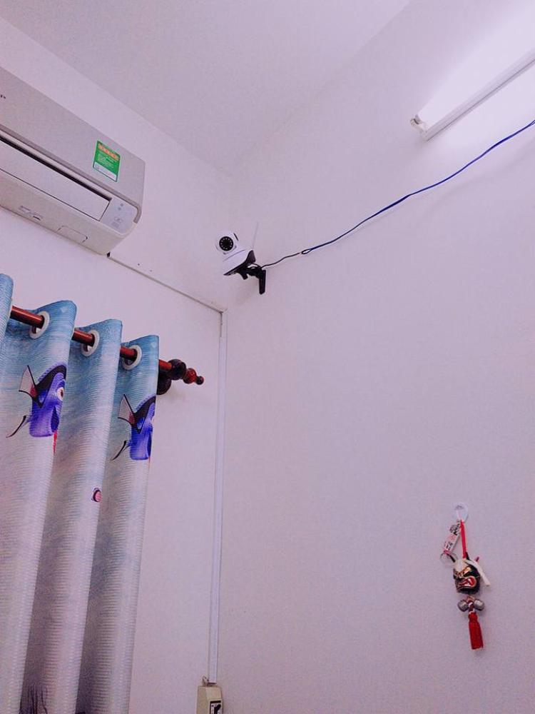 Hình ảnh camera lắp trong phòng của cô bạn.