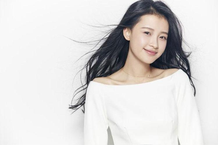 Tôn Di cũng nhận được nhiều ủng hộ khi vào vai Sơ Dao
