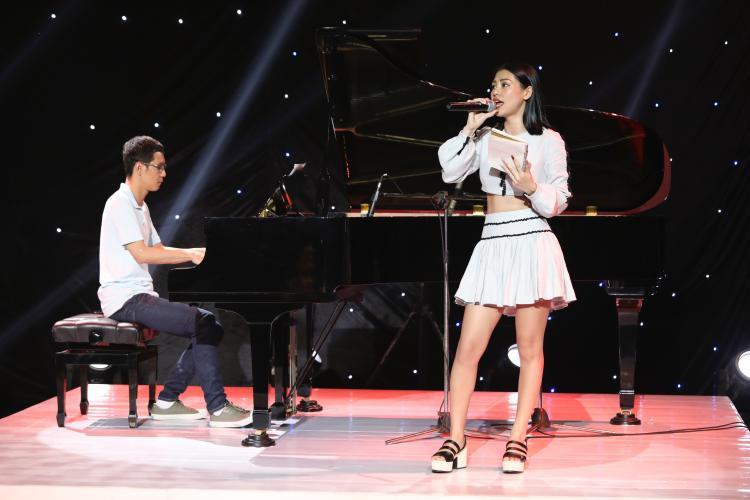 Gây ấn tượng với ca khúc Mâu thuẫn tại vòng Ghi âm với màu sắc dreampop ma mị, Bùi Lan Hương được trông chờ sẽ bức phá tại Trại sáng tác.