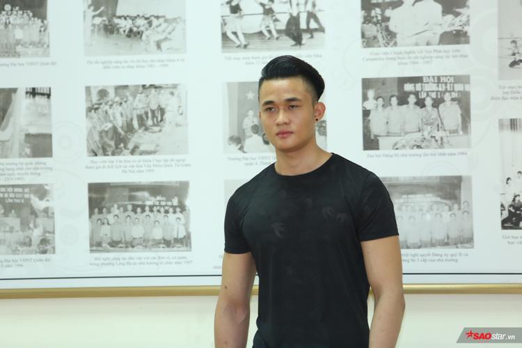 Chuyên gia catwalk Hoàng Ngọc Sự cho biết sau buổi training, anh vẫn rất mong chờ sự xuất hiện của các thí sinh khác trong ngày casting chính thức 1/4.