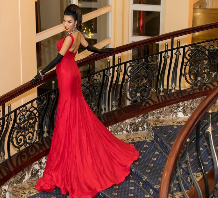 Hiện tại Khả Trang vẫn tiếp tục theo học các khóa học người mẫu để trau dồi thêm kinh nghiệm và kĩ năng người mẫu của mình.