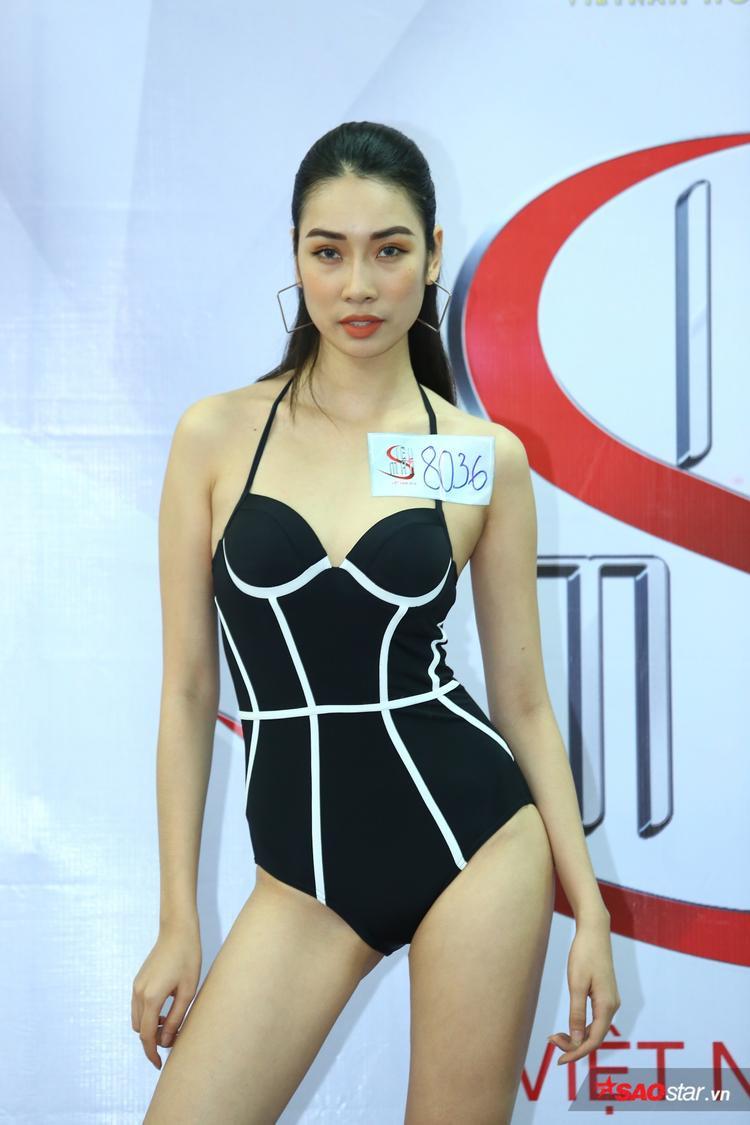 Bộ đôi Giải Vàng Ngọc Tình  Phương Mai ngồi ghế nóng vòng tuyển sinh Siêu mẫu Việt Nam 2018