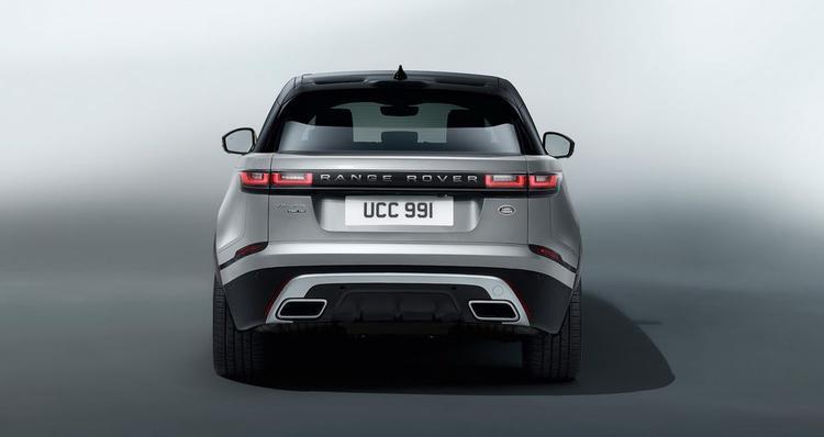 Chiếc xe này lần đầu tiên được ra mắt tại Việt Nam với giá 4,9 tỷ đồng hồi cuối tháng 10 năm ngoái. Số đo của chiếc xe này là 4.365 x 2.125 x 1.635 (mm), chiều dài cơ sở 2.660 (mm).