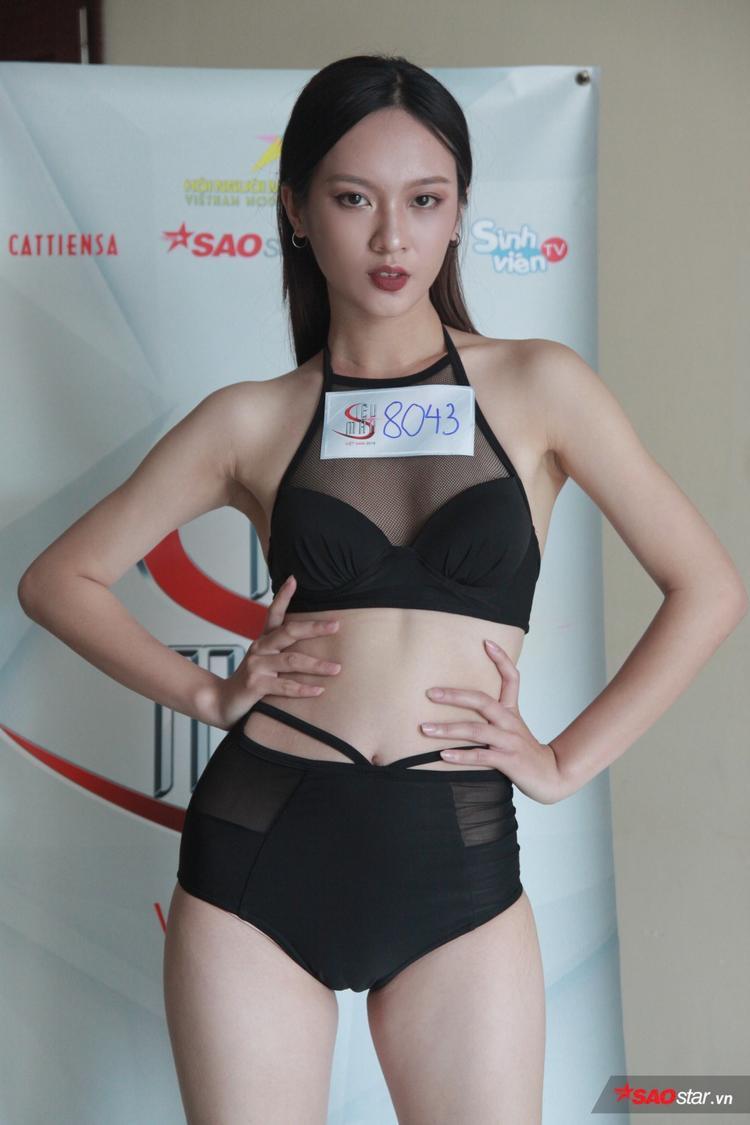 Trước khi đến với Siêu mẫu Việt Nam, Thuý Quỳnh đã có kinh nghiệm trình diễn trong nhiều show thời trang lớn, điển hình là Vietnam International Fashion Week. Ngoài ra, cô cũng từng có cơ hội làm việc cùng NTK Thảo Nguyễn.