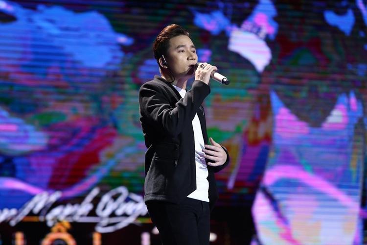 Phan Mạnh Quỳnh trên sân khấu Sing My Song cách đây 1 năm.