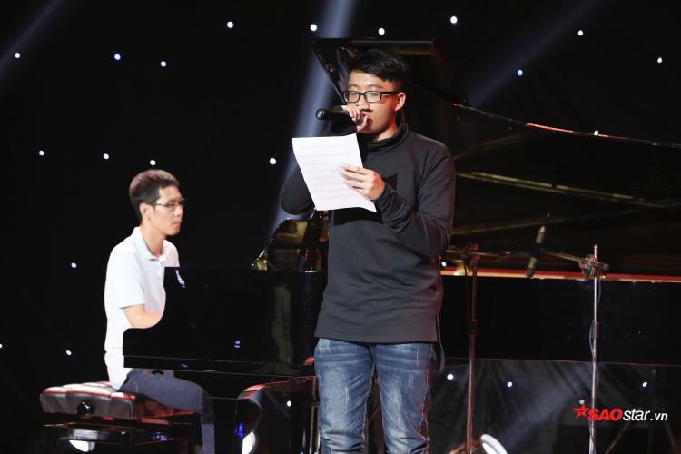 Kết hợp cả Rock và Rap theo kiểu hát nói là thử thách lớn đối với thí sinh không có nhiều kinh nghiệm trình diễn sân khấu như Tuấn Anh.
