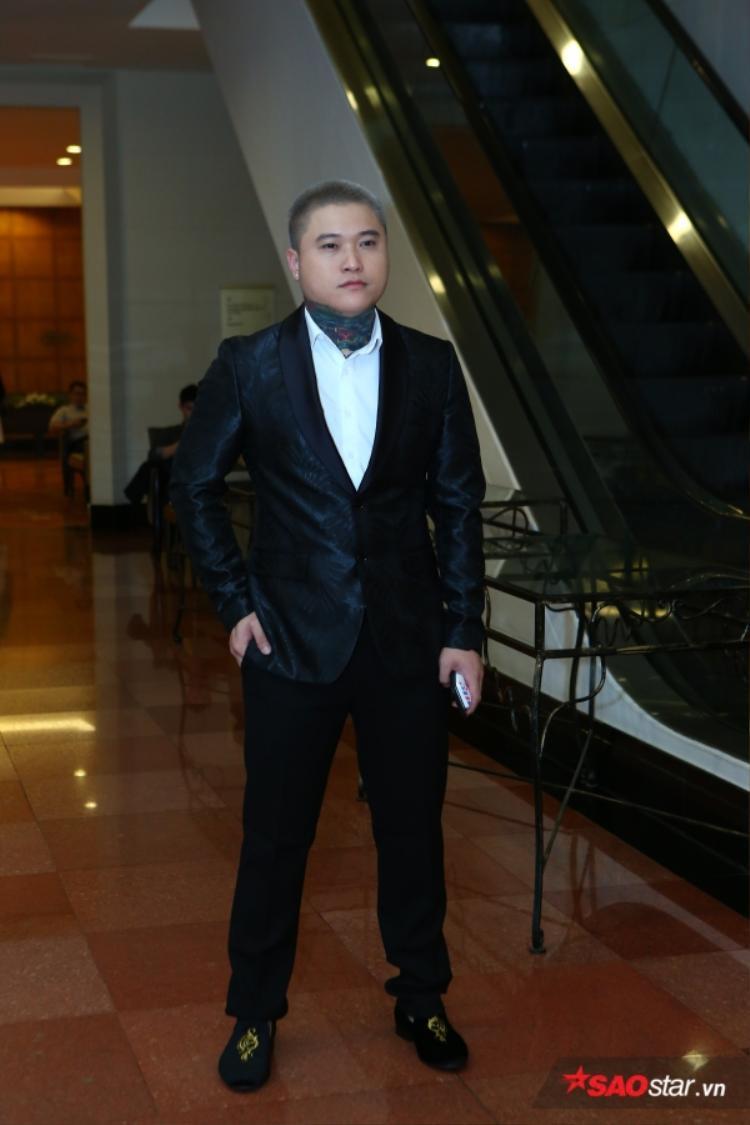 Vũ Duy Khánh.