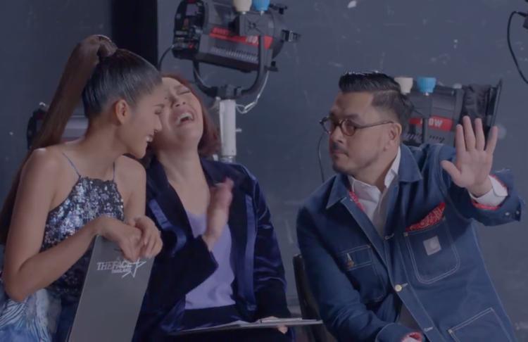 Nhà thiết kế Moo Asava là giám khảo khách mời trong tập 8.