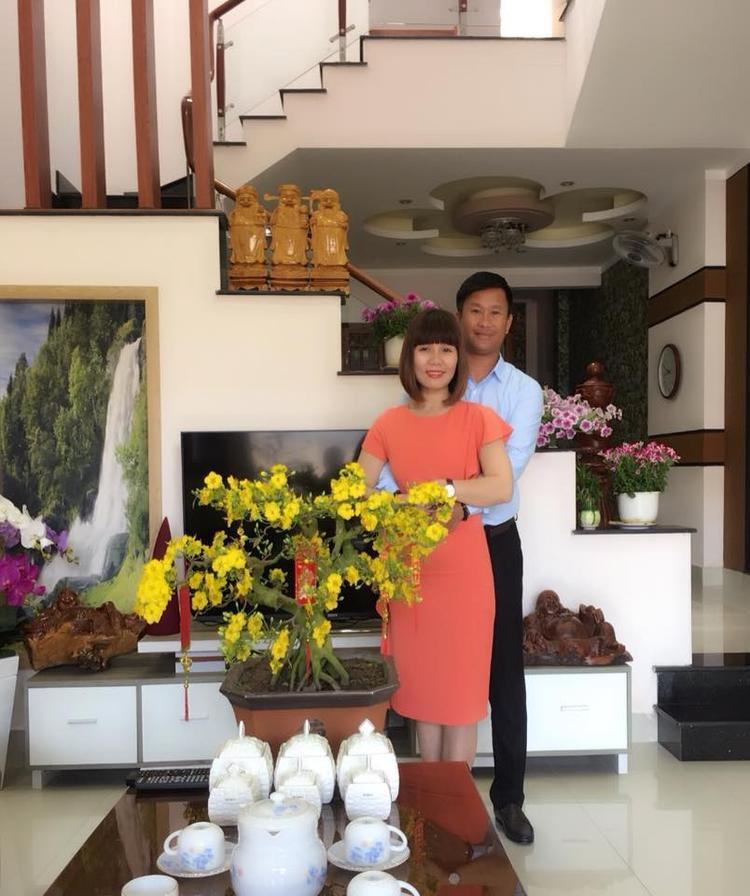 HLV Đinh Hồng Vinh luôn thầm cảm ơn vợ hiền.