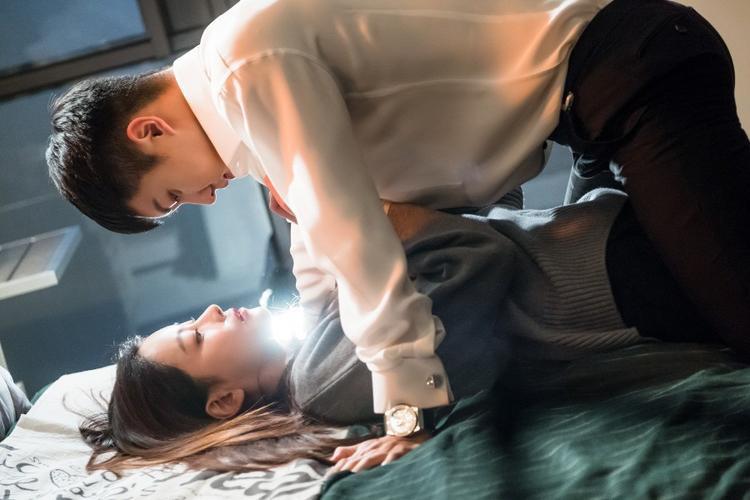 Trước khi hẹn hò Kim Bum, Oh Yeon Seo đã từng ngọt ngào thế này với Lee Seung Gi