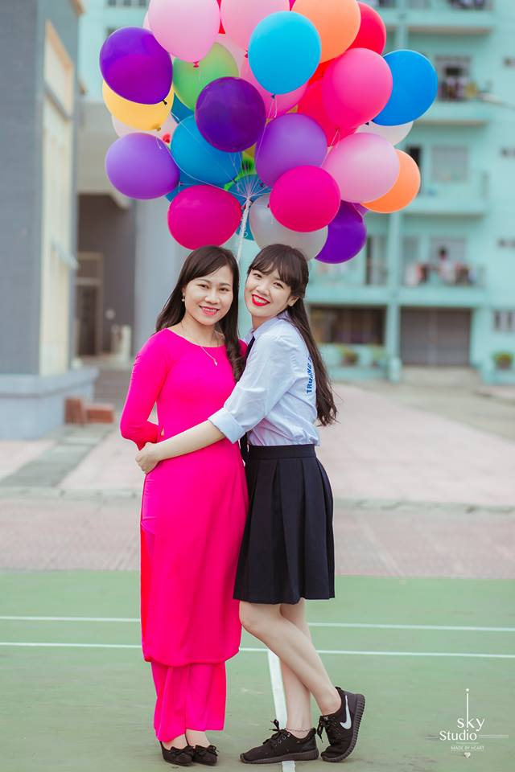 Thanh Mai là nữ sinh duy nhất trong lớp B4.