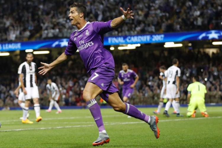 Juve cần tới 'sự giúp đỡ của Chúa' để ngăn Ronaldo ghi bàn