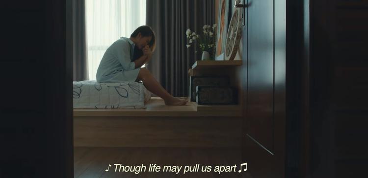 Cuối teaser đầy lắng đọng với những hình ảnh nhiều cung bậc cảm xúc.