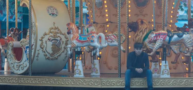 Trailer '100 ngày bên em' tiết lộ nụ hôn đầu tiên trên màn ảnh rộng của Jun Phạm dành cho Khả Ngân