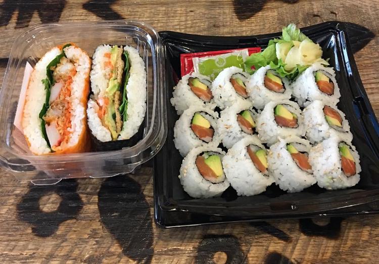 Có lẽ, sự xuất hiện của phiên bản đặc biệt này có thể là một trong những lý do Sushi Sandwiches thu hút một số lượng lớn những vị khách tại London.