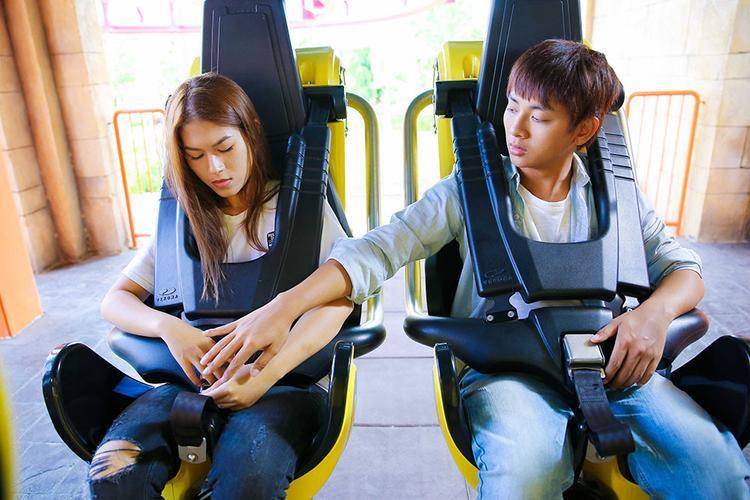 Đi tàu lượn siêu tốc nhưng không thắt dây an toàn, định mệnh đã sắp đặt cho Diệu Hiền gặp Minh Khôi?