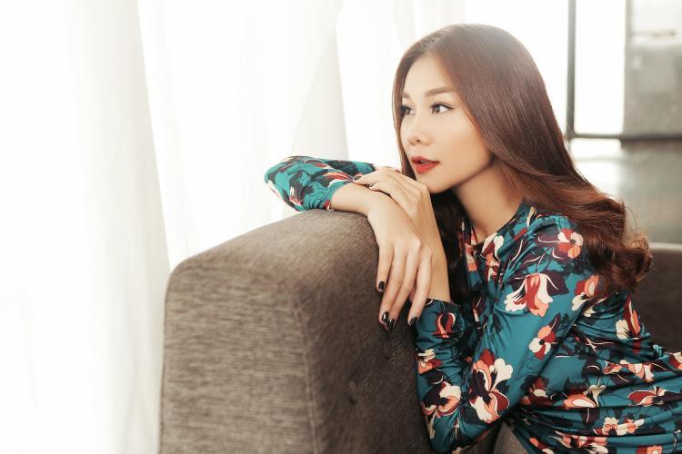 Vẻ đẹp mong manh của siêu mẫu Thanh Hằng.