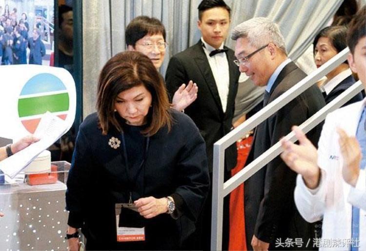 Cuộc chiến nội bộ của TVB gay cấn không khác gì chốn thâm cung