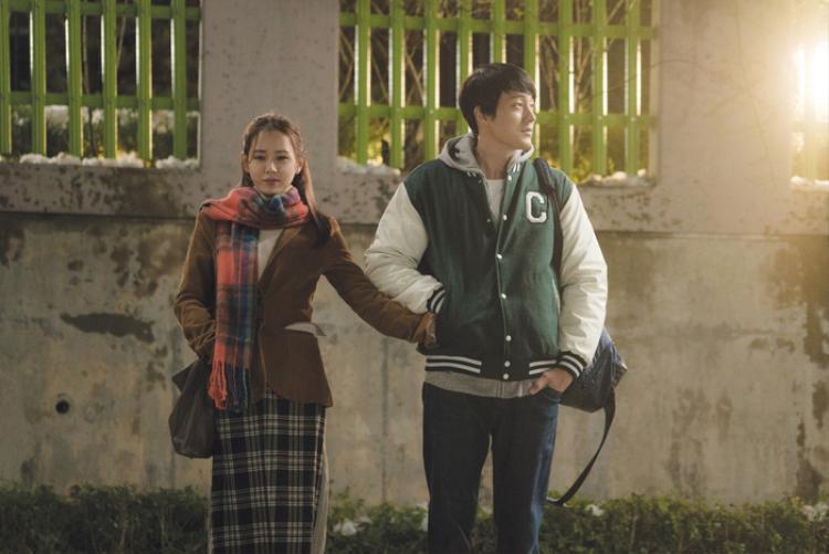 Và em sẽ đến: So Ji Sub  Son Ye Jin cùng bản tình ca mát lành dưới màn mưa