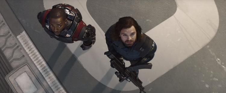 Clip mới của Avengers 3: Bucky gặp lại Captain, hội chị em phụ nữ hiếu chiến không kém ai