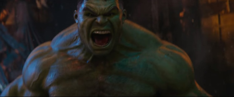 Sự xuất hiện của Hulk cũng gây chú ý.