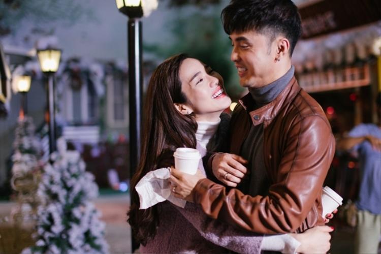"""Tuy từng """"lỡ đò"""" nhưng cuối cùng Hoàng Kim cũng tìm thấy hạnh phúc bên chàng Ốc Tiêu."""