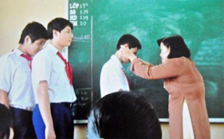 Có nên dùng bạo lực với học sinh? Vấn đề này vẫn còn gây nhiều tranh cãi - (Ảnh minh họa).