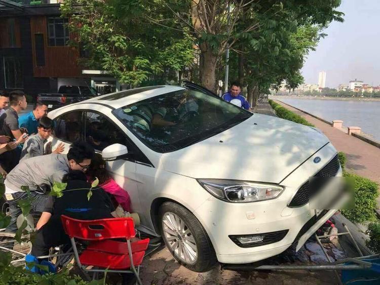 Một người dân tại khu vực bị thương nhẹ. Ảnh: Facebook