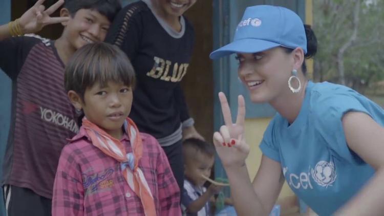 Lần thứ hai cô đặt chân đến Ninh Thuận trên cương vị Đại sứ thiện chí của UNICEF vào năm 2016.
