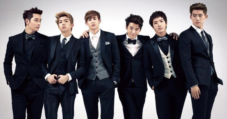 … 2PM đình đám châu Á.
