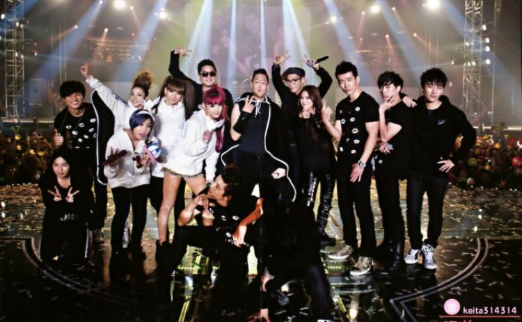 """… trong các concert """"huyền thoại"""" - tập trung toàn lực các nghệ sĩ đình đám nhất châu Á."""
