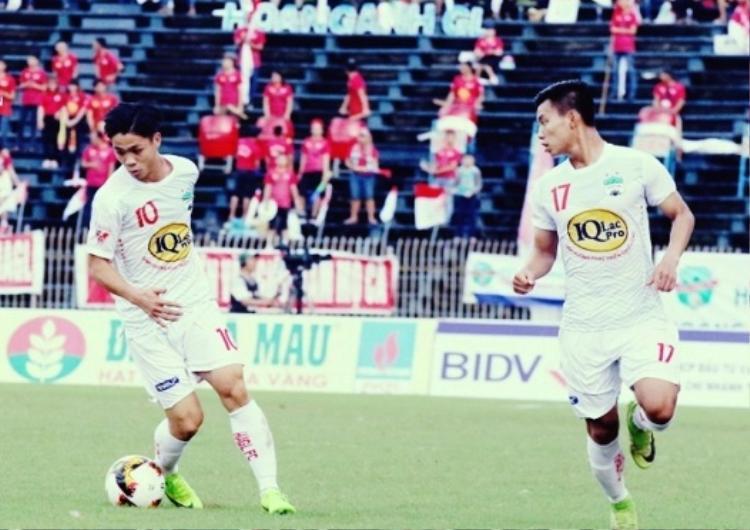 Công Phượng đã có bàn thắng đầu tiên ở mùa bóng 2018 và góp công giúp HAGL hạ Quảng Ninh.
