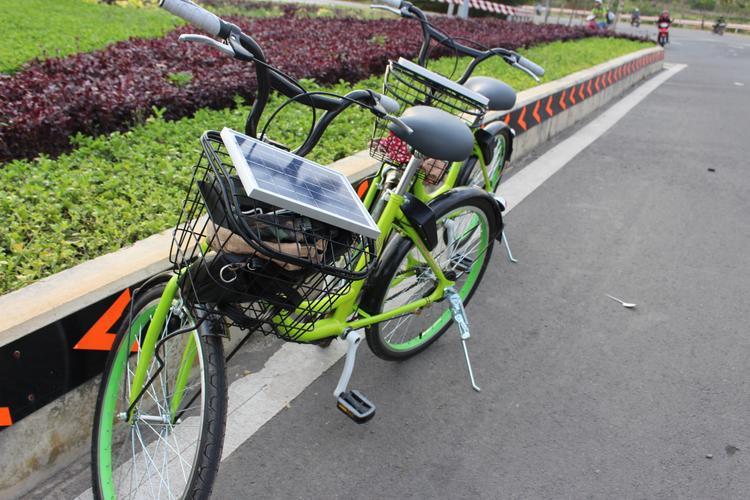 Sinh viên làng ĐH Thủ Đức hào hứng trải nghiệm dịch vụ xe đạp công cộng miễn phí lần đầu tiên có mặt tại Việt Nam