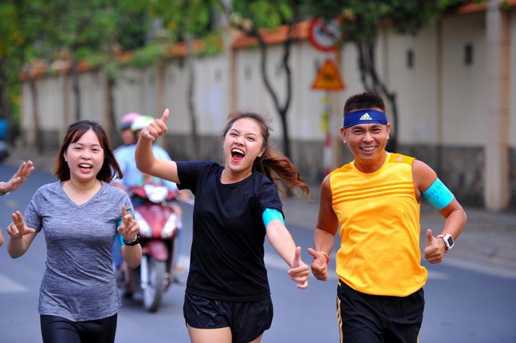 Tất cả đều rất hào hứng tham gia buổi chạy này.