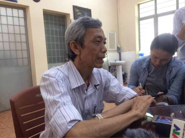 Ông Lê Trọng Tín - hiệu trưởng Trường THCS - THPT Nguyễn Khuyến. Ảnh: Người lao động