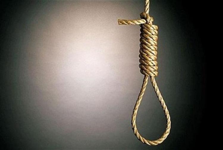 Người đàn ông đâm vợ trọng thương rồi treo cổ tự tử. Ảnh minh họa.