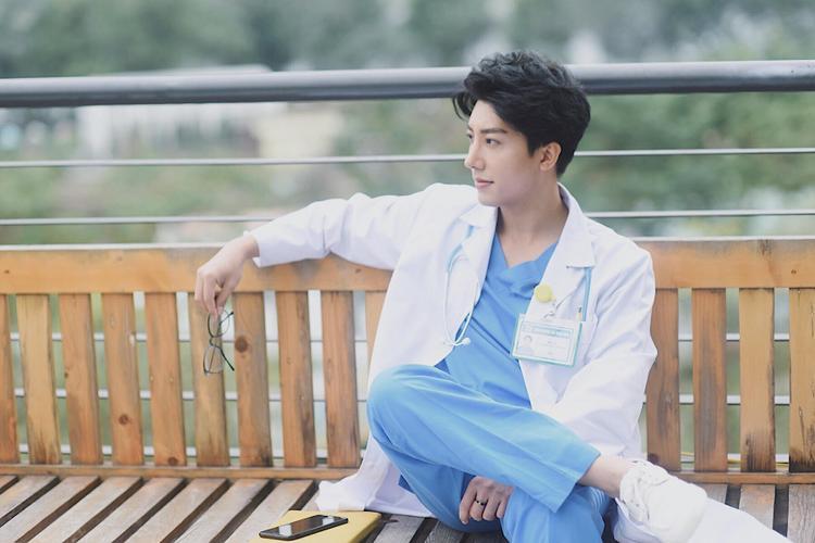 Bác sĩ Quang kể có nhiều sản phụ ngại khám, xấu hổ khi biết bác sĩ là nam.