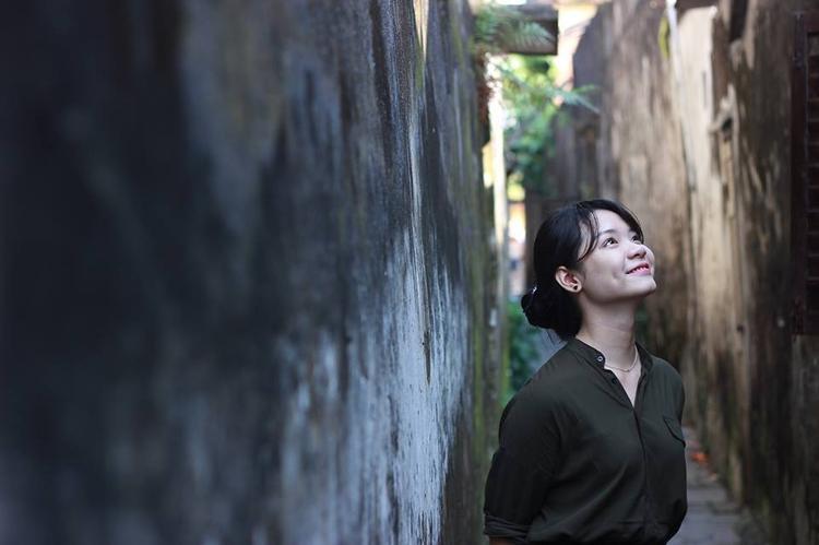 Gặp nữ sinh Đà Nẵng khiến người đối diện ngẩn ngơ ngay lần gặp đầu tiên, nổi bật nhất Đại học FPT