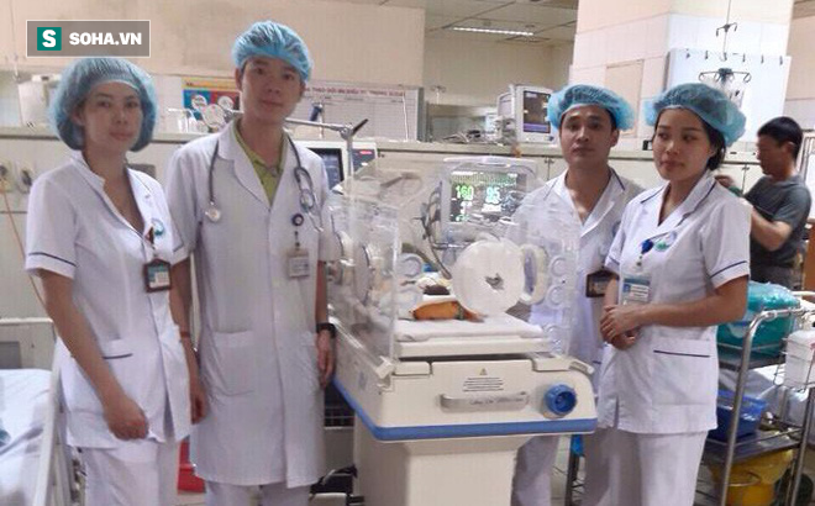 Bác sĩ hoàng Công ẫn làm việc bình thường và cứu chữa người bệnh trong ca trực ngày chủ nhật 18/3. Nguồn ảnh: BS Hoàng Công Tình.