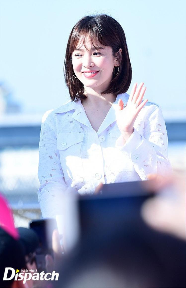 Song Hye Kyo vô cùng rạng rỡ, xinh đẹp trong các sự kiện gần đây.