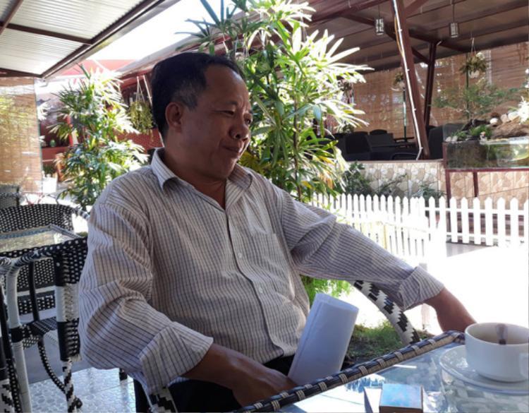 Thầy Nguyễn Hữu Hà trần tình sau vụ việc. Ảnh: Người lao động