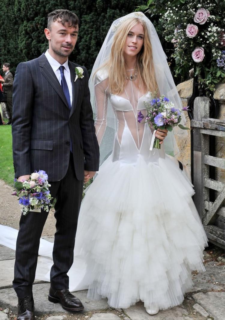 Lady Mary Charteris và chồng trong ngày cưới.