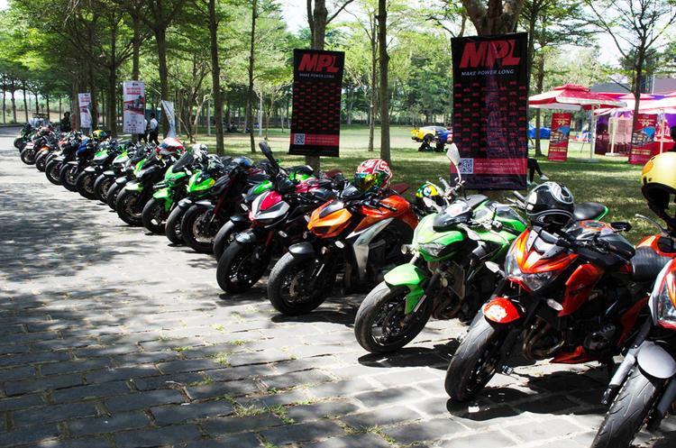 Tuy nhiên, điểm nhấn của sự kiện vẫn là những chiếc Môtô. Các mẫu xe thuộc thương hiệu Kawasaki có số lượng tham gia đại hội lần này thuộc hàng cao nhất lên tới trên dưới 50 xe. Phần đa trong số này thuộc các dòng Z1000, Z900 và Z800.