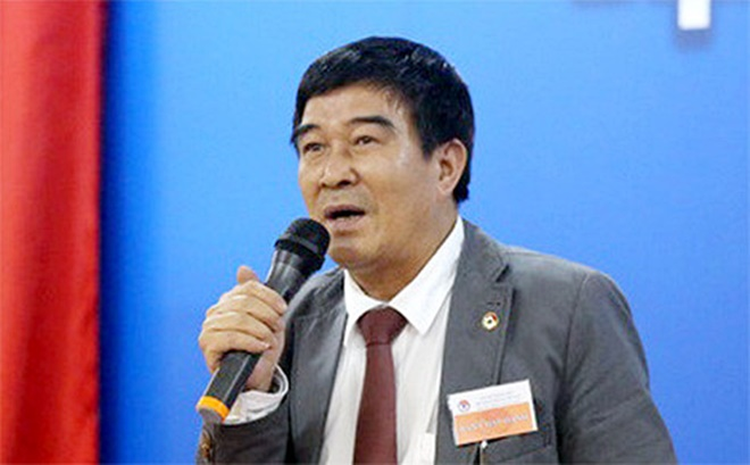 Phó Chủ tịch truyền thông - Nguyễn Xuân Gụ cho biết chuyện tiêu chí Đại học không có trong điều lệ của VFF.