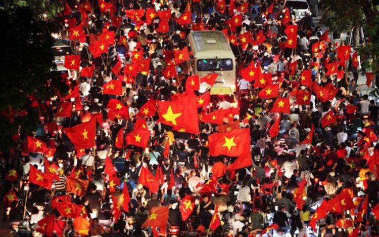 Người hâm mộ Việt Nam dành tình yêu đặc biệt cho bóng đá.