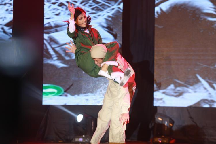 Khán giả ngỡ ngàng với màn biểu diễn võ thuật kết hợp kịch của Quỳnh Nga.