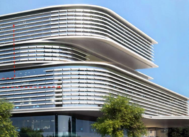 Mặt tiền toà nhà với những thanh lam chắn nắng và lấy sáng có thể điều chỉnh thay đổi góc nghiêng theo hướng nắng, nhằm tiết kiệm năng lượng. Đây cũng là một trong những yêu cầu chính quyền TP HCM đặt ra khi tổ chức thi tuyển ý tưởng thiết kế.