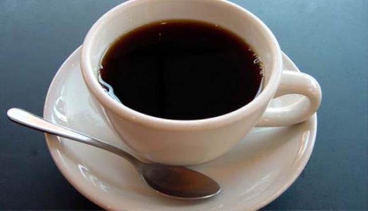 Nên uống cafe với liều lượng vừa phải để không ảnh hưởng đến sức khỏe và học tập.